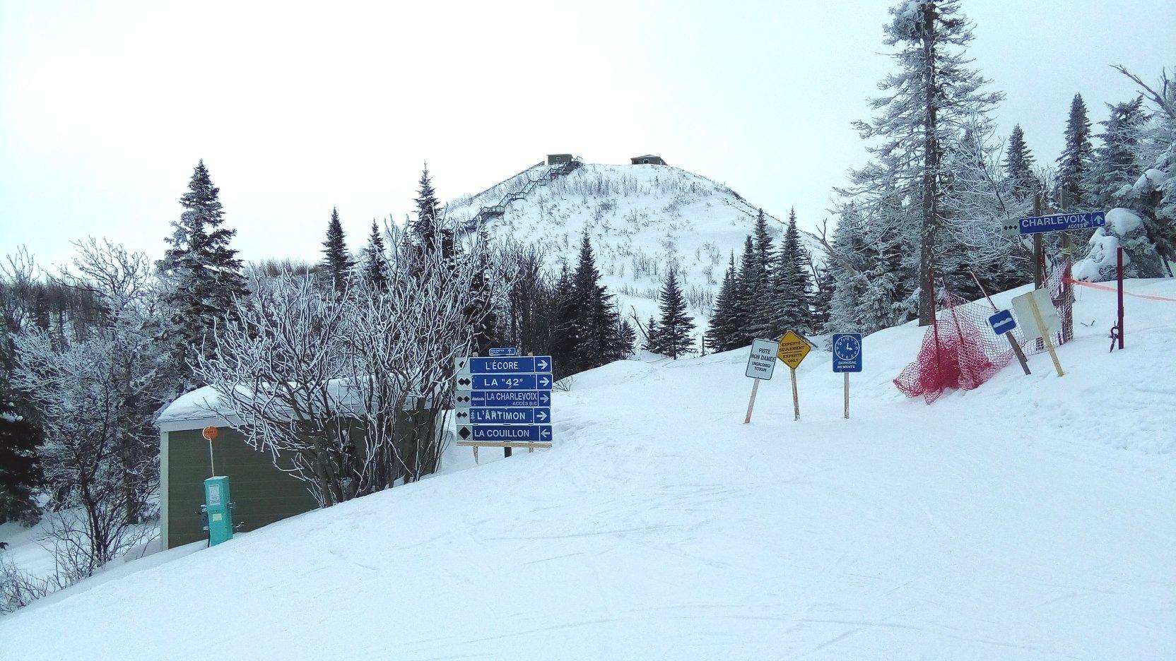 Le Massif Charlevoix - Le domaine reprend vie après la tempête (12 mars)